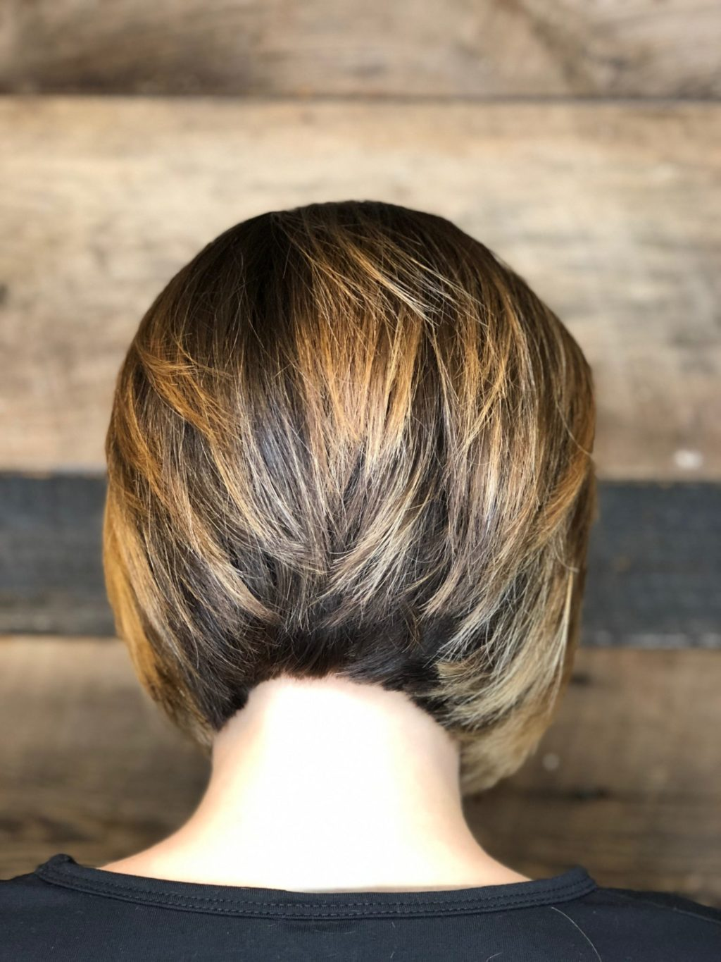 Precision Classic Bob Haircut Contrast Highlights Short Stacked